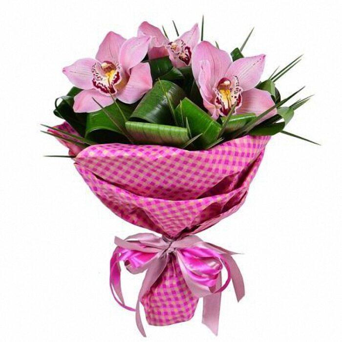 8000тг; три орхидеи, зелень(аспидистра,берграс)