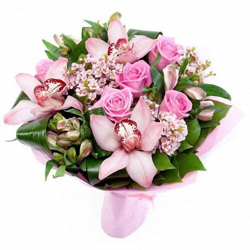 3 орхидеи, 5 роз, 3 альстромерии, 3 ветки шамилатсума, зелень