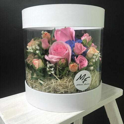 3 розы, 5 кустовых роз, гортензия, зелень